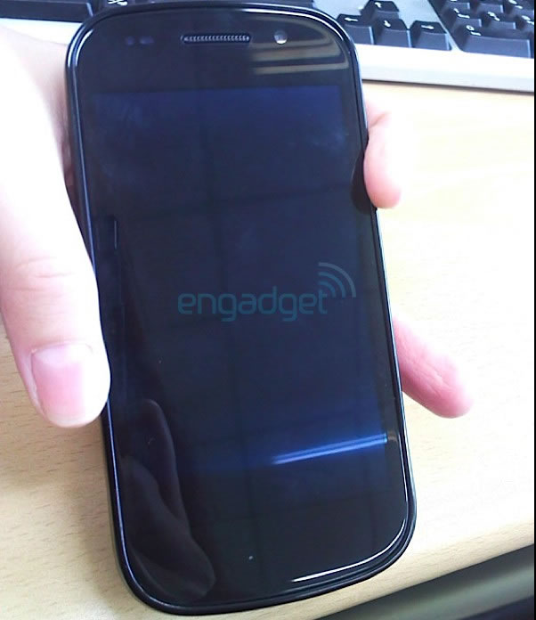 Nexus-S-Pure-Google-1