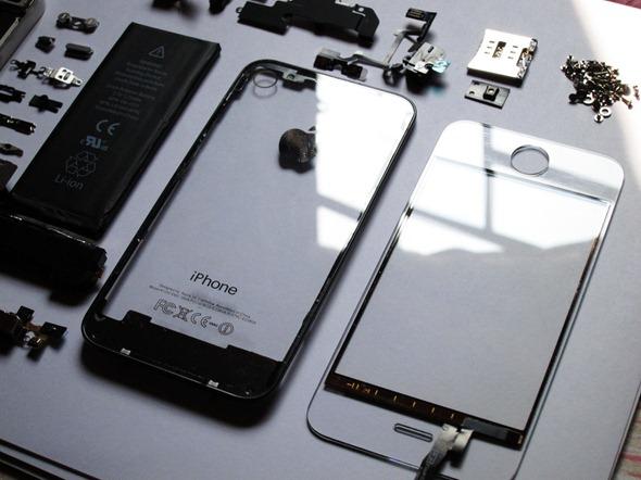 Transparent-iPhone-4-KIT-1
