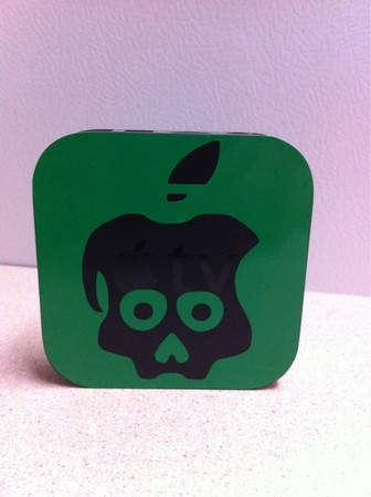 Sticker-Chronic-Dev-Team-Apple-TV