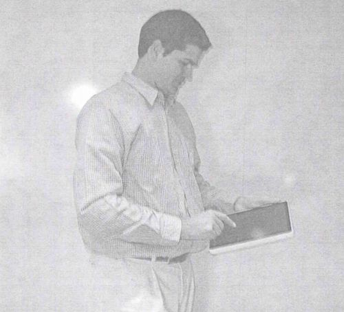 Early-iPad-prototype-image-002